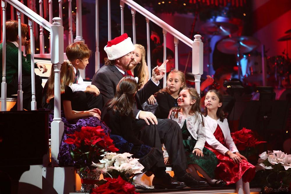 Wess Santa_kids